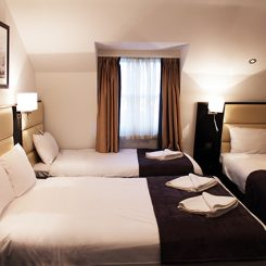 Family Room - Edward Hotel London