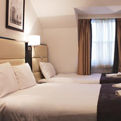 Tri Bed - Edward Hotel London