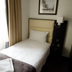 Single Bed - Edward Hotel London