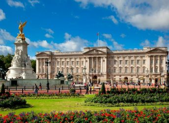 Buckingham Palace - Edward Hotel London